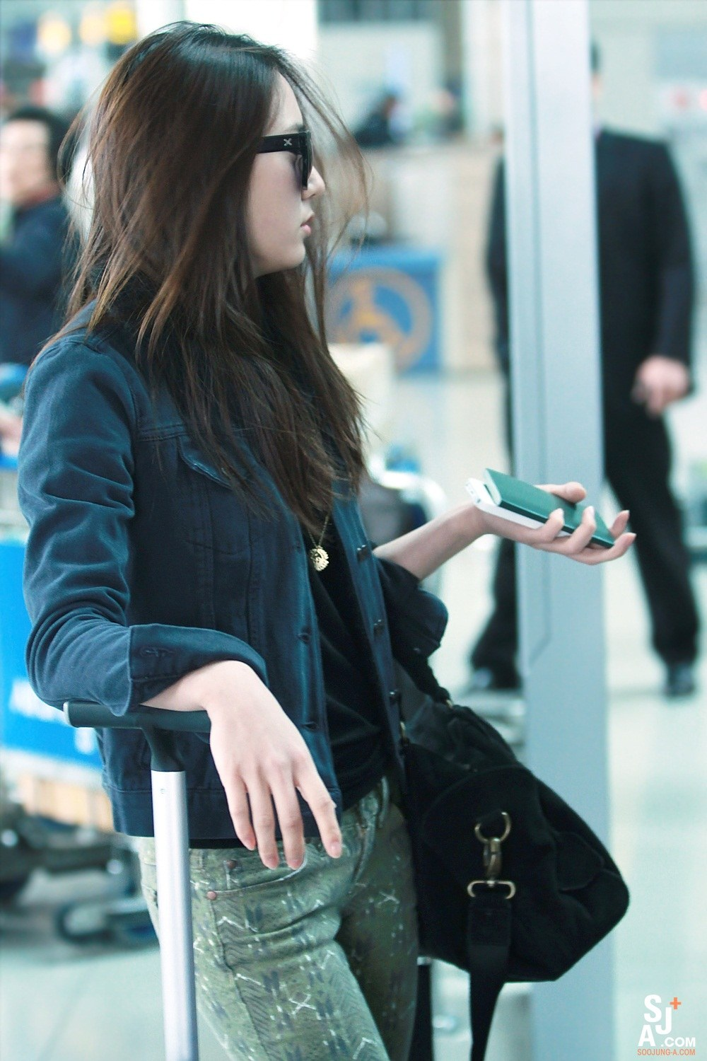 1000 Images About Krystal On Pinterest F X Pants And Airport Fashion