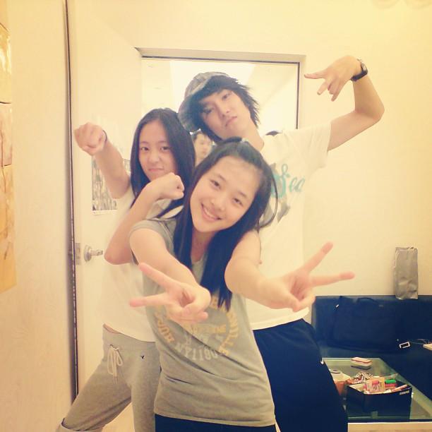 130614 f(Sulli)+f(Krystal) = Pre-debut Pic [1P]   f(♥) F(x) Amber Pre Debut